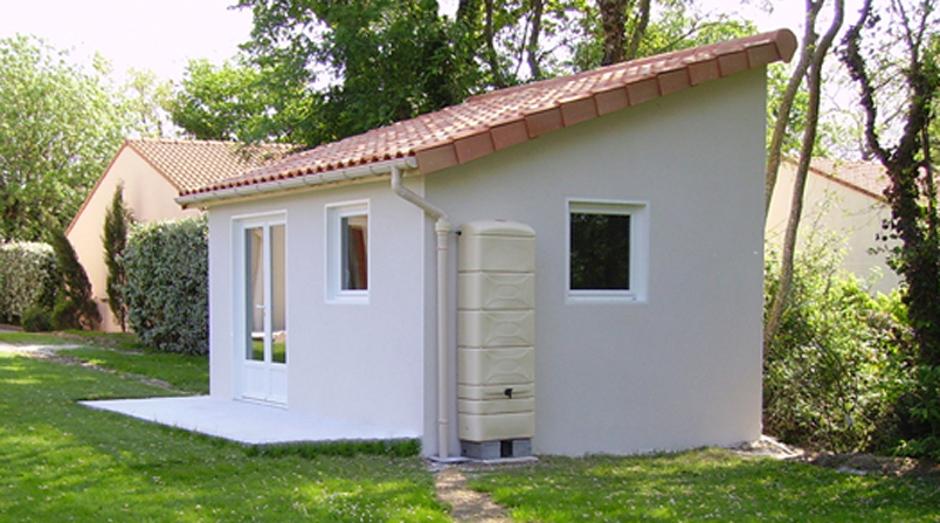ateliers et abris en b ton pr fabriqu sur mesure. Black Bedroom Furniture Sets. Home Design Ideas
