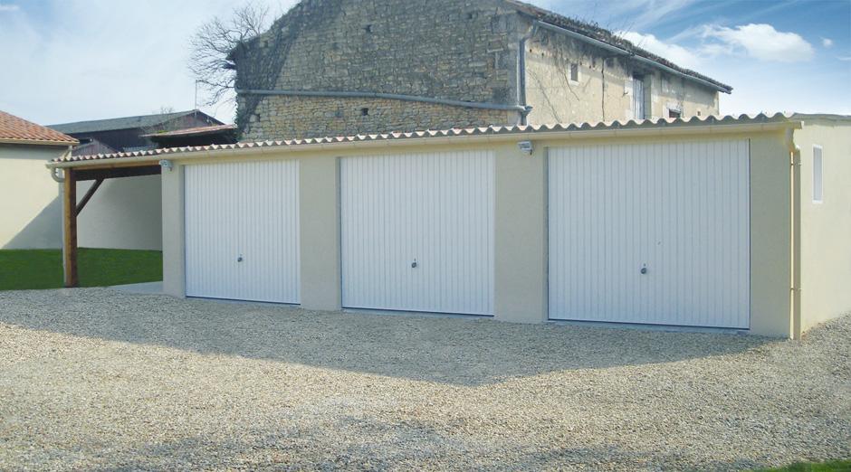 Garages pr fabriqu s en b ton et b ton aspect bois sur mesure - Garage beton modulaire ...